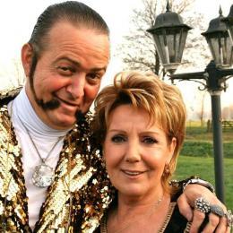 Ronnie Ruysdael in duet met Marianne Weber