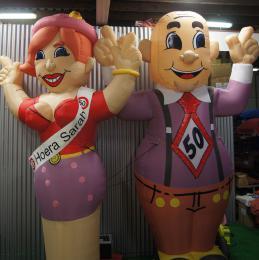 Nieuw bij de Partyspecialist - Opblaasbare Abraham en Sarah van 4 meter!