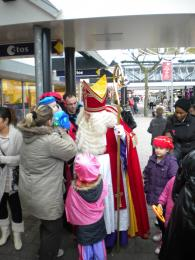 Intocht Sinterklaas Hesseplaats Rotterdam groot succes.