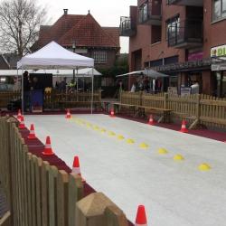 Wedstrijd Schaatsbaan Sprinten 21 meter inhuren of boeken? | Sint en Kerst