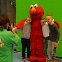Op de foto met Elmo uit Sesamstraat