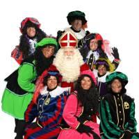Bezoek Sinterklaas - Sinterklaas en 8 Zwarte Pieten