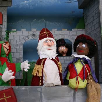 Poppenkastvoorstelling Kasteel van Sinterklaas boeken of inhuren?
