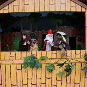 Poppenkastvoorstelling Sinterklaas op vakantie - Sinterklaasshow inhuren of boeken