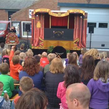 Poppentheater De Speelwagen inhuren of boeken?