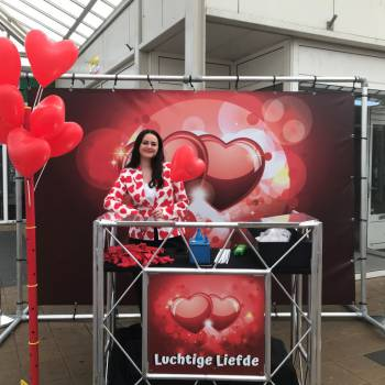 Luchtige Liefde - Ballonnen Uitdeelactie inhuren of boeken?