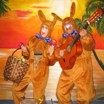 Zingende Paashazen - Los del Sol boeken of inhuren?