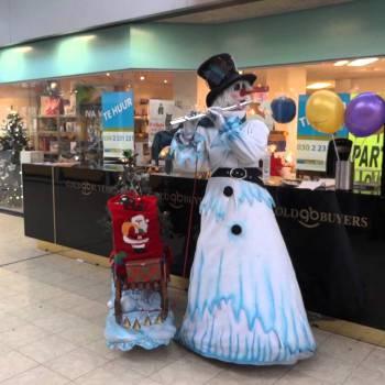 De Muzikale Sneeuwpop inhuren of boeken