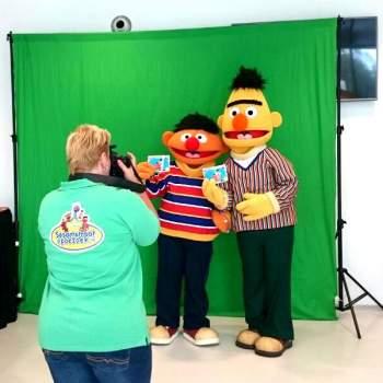Op de Foto met Bert & Ernie inhuren of boeken