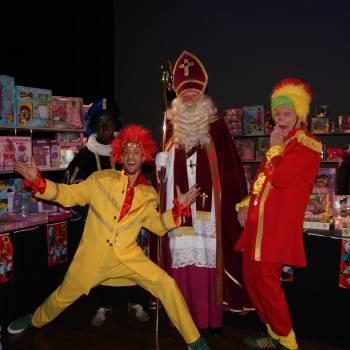Meeleeftheater - De Pakhuissleutel boeken of huren?