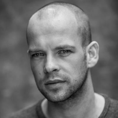 Presentator Julien Demeijer boeken of inhuren? | JB Productions