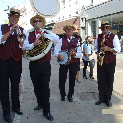 De Swinging Jazzband inhuren of boeken | JB Productions