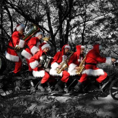 Kerstmannen Fiets Orkest boeken of huren? | SintenKerst