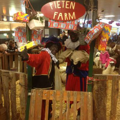De Zwarte Pieten Boerderij boeken of inhuren? | Sint en Kerst