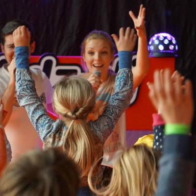 Dancing with the Kids & Lisa inhuren of boeken? | JB Productions
