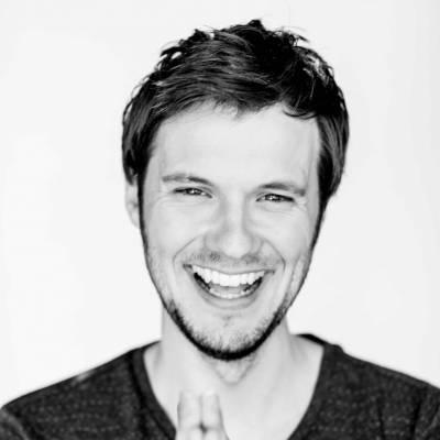 Presentator Guus Bok boeken of inhuren? | JB Productions