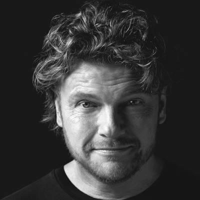 Bastiaan Ragas boeken of inhuren? | JB Productions