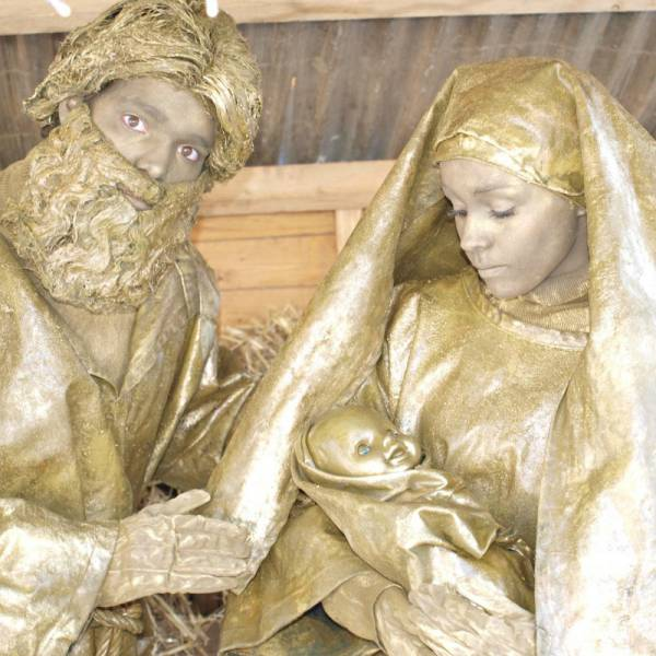 Levende Standbeelden Jozef en Maria boeken of huren? | SintenKerst