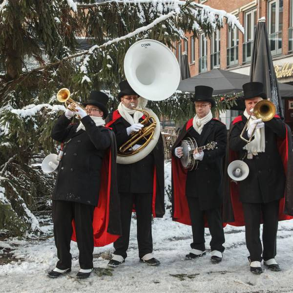 Swinging Dixieband - Dickens inhuren of boeken? | JB Productions