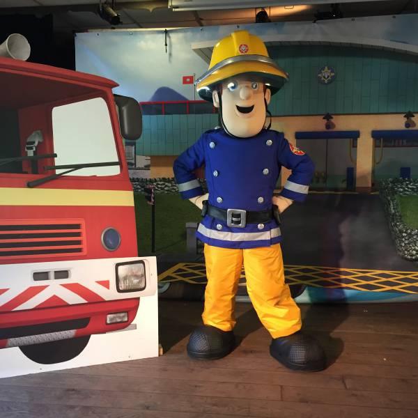 Brandweerman Sam Minishow - Welkom in Piekepolder boeken of inhuren? | SintenKerst