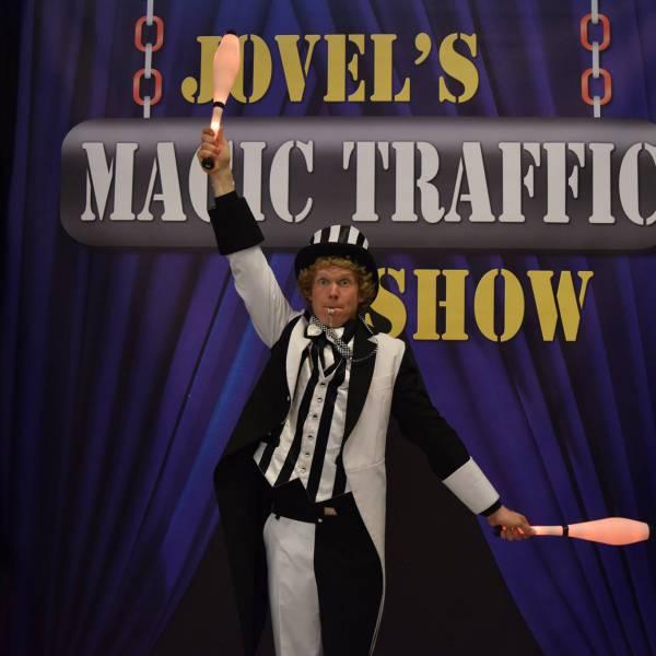 Magic Traffic Show inhuren of boeken? | JB Productions
