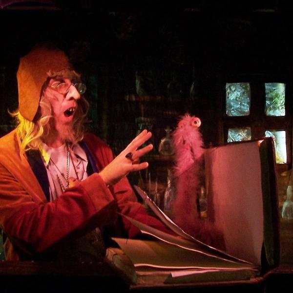 Poppentheater - Nacht in de kale Duinen inhuren of boeken? | JB Productions