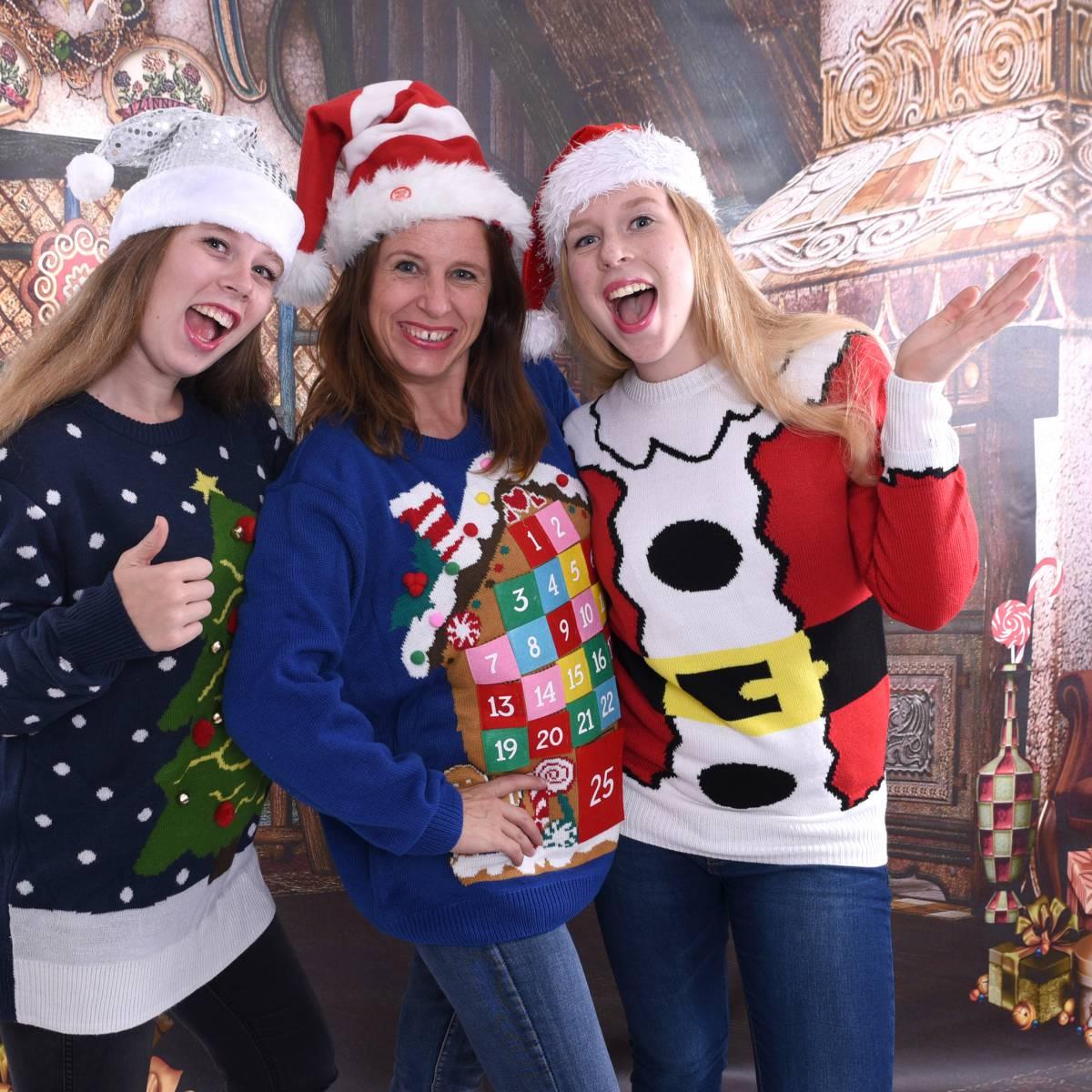 Foute Kersttrui C En A.Op De Foto Met Je Foute Kerst Trui Boeken Bij Sintenkerst