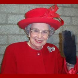 Queen Elizabeth Look a Like | JB Productions