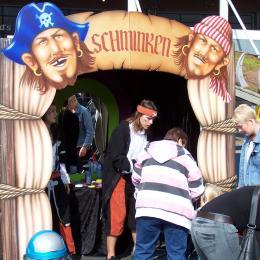 Schminkstand - Piraten inhuren of boeken | JB Productions
