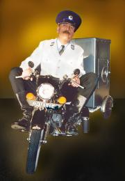 Motoragent en een mobiele brandkast  | JB Productions