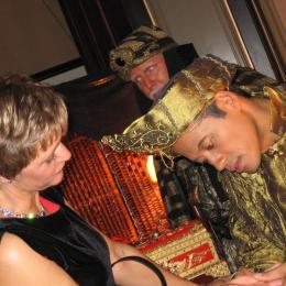 Aladdin Mystiek - Handlezen - Magie - Tarotkaarten | JB Productions