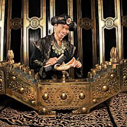 Schoenpoetser Aladdin boeken of inhuren | Artiestenbureau JB Productions