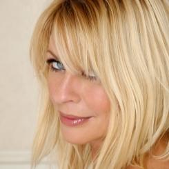 Presentatrice Manuela Kemp | JB Productions