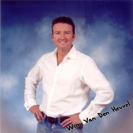 Wim van den Heuvel boeken of inhuren | JB Productions