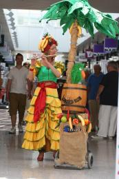 Tropical Lady boeken of inhuren | Artiestenbureau JB Productions