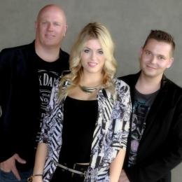 Allround Trio Dreamcast inhuren of boeken | JB Productions