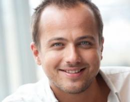 Geert Hoes - Presenatator
