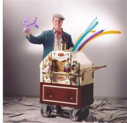 De Draaiorgel Ballonnenman inhuren of boeken? | Artiestenbureau JB Productions