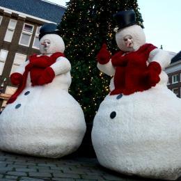 Levens grote Sneeuwpoppen - Winterkost inhuren of boeken | Sint en Kerst