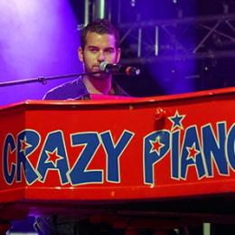Crazy Pianos on Tour boeken of inhuren | JB Productions