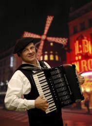 Franse Accordeonist | Artiestenbureau JB Productions