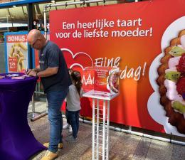 Een Taart voor Moederdag - Winkelcentrum Actie inhuren of boeken | JB Productions