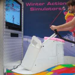 De Virtual Ski Simulator - inhuren of boeken | Artiestenbureau JB Productions