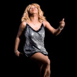 Tina Turner Look a Like - Hot Leggs