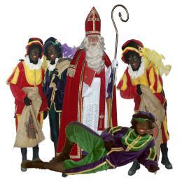 Sinterklaas en 4 Zwarte Pieten huren of inhuren