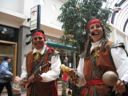Muzikaal duo Pirates of the Caribbean boeken of inhuren | Artiestenbureau JB Productions