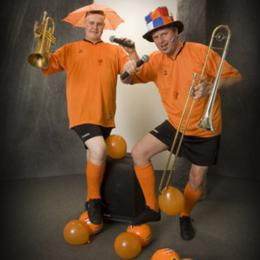 Dixie Duo Swing 'n Roll Oranje Supporters boeken of inhuren | JB Productions