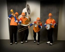 Swinging Dixieband - Oranje Supporters boeken of inhuren | JB Productions