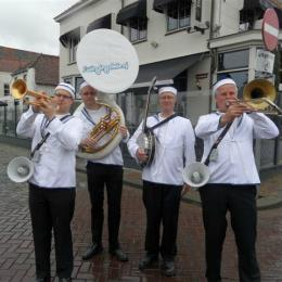 Swinging Dixieband - Navy Band boeken of inhuren | JB Productions