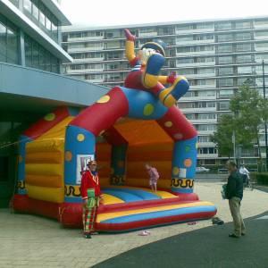 Foto van Springkussen Clown   Partyspecialist.nl